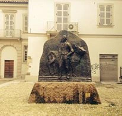D:\Come eravamo\statua di Gagliaudo.jpg